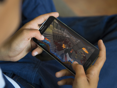 Strafe Android APK